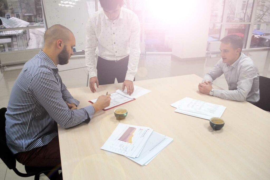 commercial-negotiations-kazan-megatrening